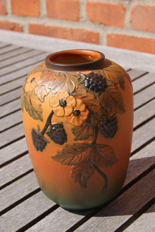 ipsen keramik Antikkram   Ipsen keramik, vase med brombær ipsen keramik